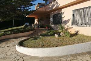 Chalet for sale in Ermita.