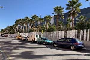 联排别墅 进入 Parque Nevada.