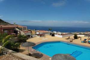 Apartment for sale in Torviscas, Adeje, Santa Cruz de Tenerife, Tenerife.