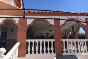 Chalet for sale in Otura.