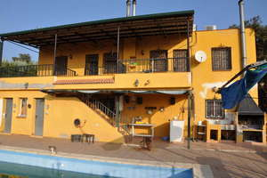 Chalet for sale in Zocueca.