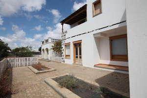 Haus Luxus zu verkaufen in Costa Teguise, Lanzarote.