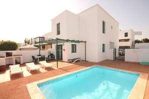 房子 出售 进入 Costa Teguise, Lanzarote.