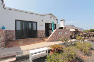 House for sale in Orzola, Haría, Lanzarote.