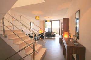 Casa a due piani vendita in Uga, Yaiza, Lanzarote.