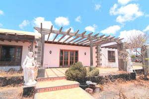 房子 出售 进入 Tías, Lanzarote.