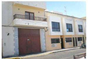 Local comercial venta en San Francisco Javier, Arrecife, Lanzarote.