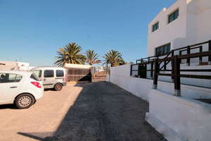 Flat for sale in Tinajo, Lanzarote.