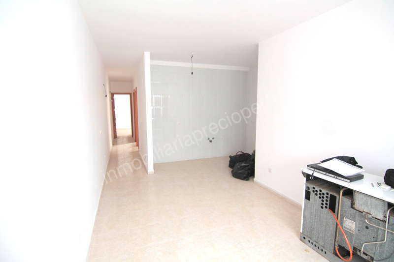 Appartamento 1bed in argana alta arrecife lanzarote ref for Piani casa in stile artigiano 2 camere da letto