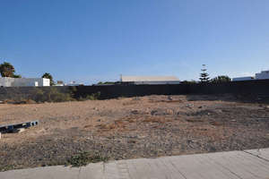Plot for sale in Playa Blanca, Yaiza, Lanzarote.
