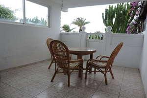 平 出售 进入 Costa Teguise, Lanzarote.