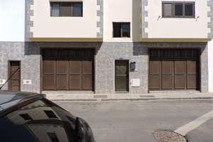 Commercial premise in Argana Baja, Arrecife, Lanzarote.