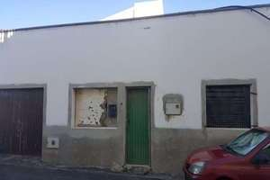 House for sale in San Bartolomé, Lanzarote.