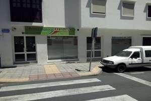 Locale commerciale vendre en La Vega, Arrecife, Lanzarote.