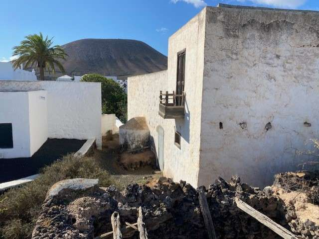 Properties for sale and rental in Lanzarote