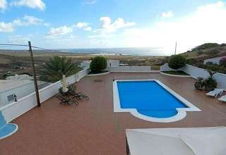 Flat for sale in Tabayesco, Haría, Lanzarote.