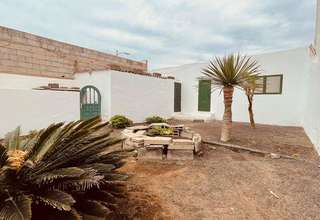 Chalet for sale in Argana Alta, Arrecife, Lanzarote.