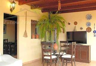 Chalet for sale in Los Valles, Teguise, Lanzarote.