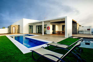 Villa's Luxe verkoop in Playa Blanca, Yaiza, Lanzarote.