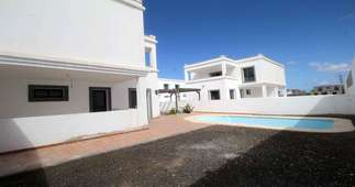 Villa's verkoop in Playa Blanca, Yaiza, Lanzarote.