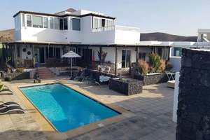Chalet for sale in Costa Teguise, Lanzarote.