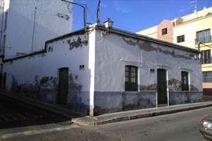 Huse til salg i Arrecife, Lanzarote.
