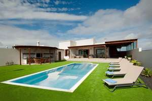Chalet Luxury in Playa Blanca, Yaiza, Lanzarote.