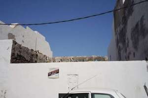 Terreno urbano venta en La Santa, Tinajo, Lanzarote.