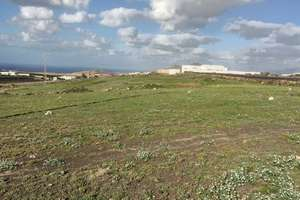 Urban plot for sale in Muñique, Teguise, Lanzarote.