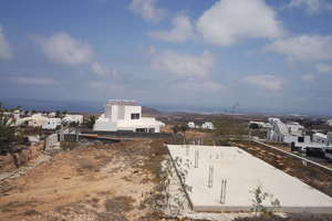 Terreno urbano venta en Tinajo, Lanzarote.