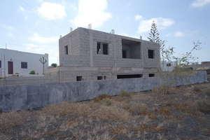 Terreno urbano venta en El Cuchillo, Tinajo, Lanzarote.
