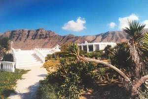 Villa for sale in Famara, Teguise, Lanzarote.