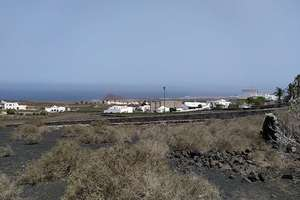 Urban plot for sale in La Costa, Tinajo, Lanzarote.