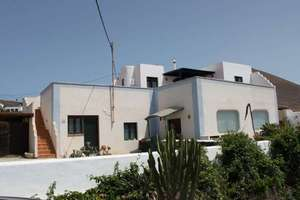 Villa venta en La Asomada, Tías, Lanzarote.