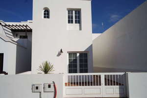 Villa for sale in Orzola, Haría, Lanzarote.