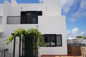 Villa for sale in La Costa, Tinajo, Lanzarote.