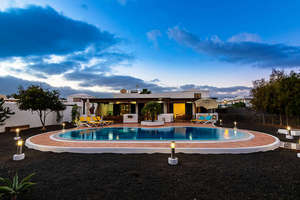 Вилла Продажа в Playa Blanca, Yaiza, Lanzarote.