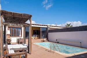 Cluster house for sale in Playa Blanca, Yaiza, Lanzarote.