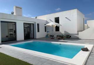 Chalet Luxury for sale in La Villa, Teguise, Lanzarote.
