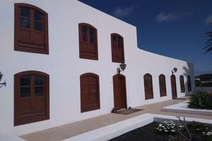 Townhouse for sale in Tinajo, Lanzarote.