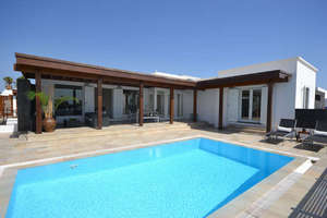 Chalet for sale in El Cable, Arrecife, Lanzarote.