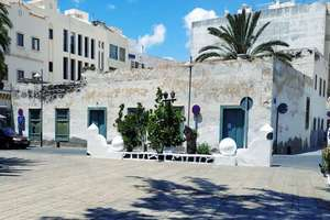 Townhouse for sale in Arrecife, Lanzarote.