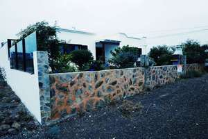 Chalet for sale in Mancha Blanca, Tinajo, Lanzarote.