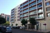 Commercial premise for sale in Pardaleras, Badajoz.