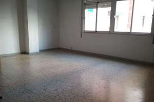 Flat for sale in Conquistadores, Badajoz.