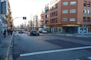 Local comercial venta en Ctra. de la Corte, Badajoz.