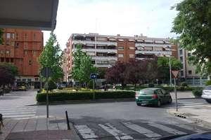 Oficina en Plaza Alferezes, Badajoz.