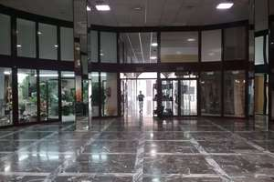 Local comercial en Menacho, Badajoz.