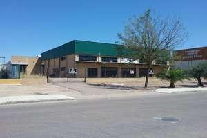 Warehouse for sale in Montijo, Badajoz.