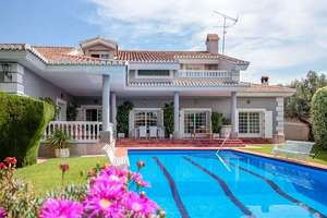 Chalet Luxury for sale in Alhendín, Granada.